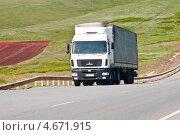 Седельный тягач МАЗ на дороге, фото № 4671915, снято 10 мая 2013 г. (c) Вадим Орлов / Фотобанк Лори