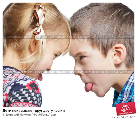 porno-video-foto-golie-devushki-delayut-minet