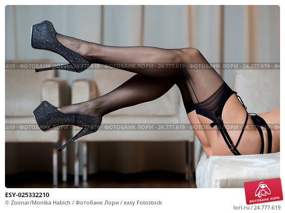 Bondage with Sexy Stockings & High Heels Black 6inch. de