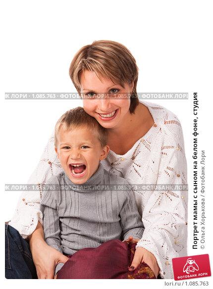 Мальчик трахнул свою молодую мамку