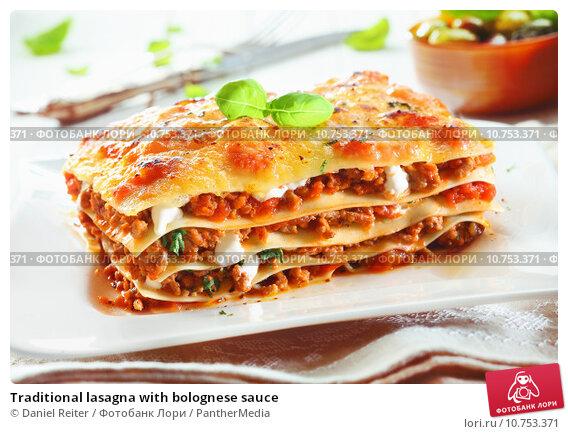 Traditional lasagna with bolognese sauce; фото 10753371, фотограф PantherMedia. Фотобанк Лори - Продажа фотографий, иллюстраций