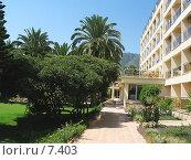 Купить «Парк у отеля на юге», фото № 7403, снято 11 июля 2006 г. (c) Маргарита Лир / Фотобанк Лори