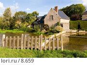Купить «Франция. Нормандия. Водяная мельница в деревушке Вель-ле-Роз», фото № 8659, снято 20 октября 2005 г. (c) Валерий Ситников / Фотобанк Лори