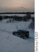 Зимний пейзаж с внедорожником. Стоковое фото, фотограф Сайганов Александр / Фотобанк Лори