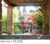 Купить «Италия. Сицилия. Кирпичная беседка в городе Таормина», фото № 10335, снято 7 октября 2004 г. (c) Валерий Ситников / Фотобанк Лори