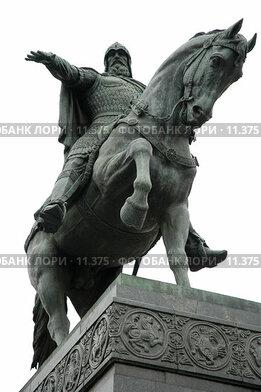 Купить «Памятник Юрию Долгорукому», фото № 11375, снято 18 октября 2006 г. (c) Юлия Перова / Фотобанк Лори