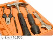 Купить «Набор инструментов в ящике», фото № 16935, снято 11 февраля 2007 г. (c) Угоренков Александр / Фотобанк Лори