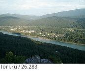 Купить «Солнце и река делят пейзаж на две половины», фото № 26283, снято 17 июля 2005 г. (c) Жуковина Наталья Дмитриевна / Фотобанк Лори