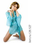 Купить «Красивая девушка в голубой рубашке», фото № 29127, снято 24 марта 2007 г. (c) Вадим Пономаренко / Фотобанк Лори