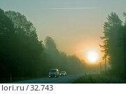 Купить «Автомобиль в тумане», фото № 32743, снято 18 марта 2018 г. (c) Aleksander Kaasik / Фотобанк Лори