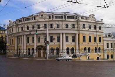 Купить «Калуга. Министерство экономического развития», фото № 34955, снято 21 апреля 2007 г. (c) Роман Коротаев / Фотобанк Лори