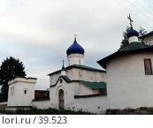 Купить «Псков, церковь», фото № 39523, снято 14 сентября 2006 г. (c) A Челмодеев / Фотобанк Лори