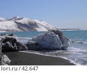 Купить «Глыба льда в океане», фото № 42647, снято 30 апреля 2007 г. (c) Maxim Kamchatka / Фотобанк Лори