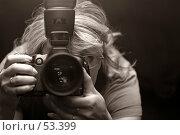 Купить «Фотограф - женщина», фото № 53399, снято 17 июня 2006 г. (c) Морозова Татьяна / Фотобанк Лори
