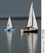 Купить «Две лодки», фото № 70255, снято 28 июля 2007 г. (c) Морозова Татьяна / Фотобанк Лори