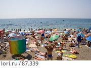 Купить «Пляж на море», фото № 87339, снято 12 августа 2006 г. (c) Александр Калина / Фотобанк Лори