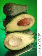 Купить «Авокадо», фото № 99191, снято 6 февраля 2004 г. (c) Иван Сазыкин / Фотобанк Лори
