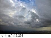 Купить «Вид на кучевую облачность с высоты полета», фото № 115251, снято 9 июля 2006 г. (c) Владимир Мельников / Фотобанк Лори