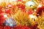 Новогодние игрушки в мишуре, фото № 117787, снято 21 июля 2017 г. (c) Угоренков Александр / Фотобанк Лори