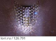 Купить «Ночник на стене в лучах солнца», фото № 126791, снято 8 июня 2007 г. (c) Арестов Андрей Павлович / Фотобанк Лори