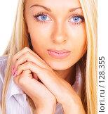 Портрет красивой девушки. Стоковое фото, фотограф Серёга / Фотобанк Лори