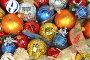 Набор разноцветных новогодних шаров, фото № 146931, снято 19 декабря 2006 г. (c) Александр Паррус / Фотобанк Лори