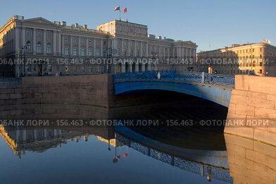 Купить «Санкт-Петербург. Синий мост. Мариинский дворец», эксклюзивное фото № 156463, снято 19 апреля 2007 г. (c) Александр Алексеев / Фотобанк Лори