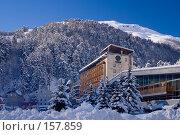 Купить «Турбаза Чегет зимой», фото № 157859, снято 15 декабря 2007 г. (c) Борис Панасюк / Фотобанк Лори