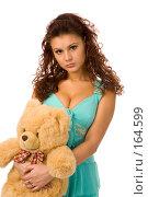 Купить «Девушка в голубом платье с плюшевым медведем», фото № 164599, снято 23 декабря 2007 г. (c) Валентин Мосичев / Фотобанк Лори