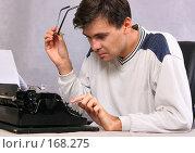 Портрет писателя. Стоковое фото, фотограф Роман Сигаев / Фотобанк Лори