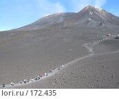 Купить «Туристское паломничество на вершину вулкана Этна», фото № 172435, снято 2 октября 2007 г. (c) Георгий Ильин / Фотобанк Лори