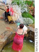 Купить «Жара-второй день свадьбы на Кубани», фото № 175679, снято 3 сентября 2006 г. (c) Федор Королевский / Фотобанк Лори