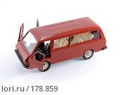 Купить «Коллекционная масштабная модель легкового автомобиля РАФ - микроавтобус», фото № 178859, снято 17 января 2008 г. (c) Денис Дряшкин / Фотобанк Лори