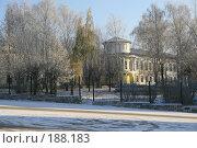 Купить «Школа №1, г. Касимов», фото № 188183, снято 6 ноября 2007 г. (c) Муратов Андрей Анатольевич / Фотобанк Лори