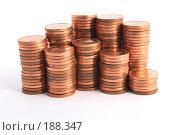 Купить «Монеты сложенные в колонки», фото № 188347, снято 10 ноября 2007 г. (c) Dzianis Miraniuk / Фотобанк Лори