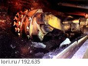 Купить «Угольный комбайн в шахте», фото № 192635, снято 15 августа 2018 г. (c) Михаил Сунгуров / Фотобанк Лори