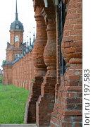 Купить «Ограда Волоколамского кремля», фото № 197583, снято 26 августа 2007 г. (c) Юрий Синицын / Фотобанк Лори