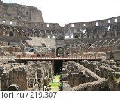 Купить «Рим. Колизей», фото № 219307, снято 20 июля 2007 г. (c) Татьяна Чурсина / Фотобанк Лори