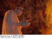 Купить «Огненное шоу», эксклюзивное фото № 221675, снято 24 июня 2007 г. (c) Ирина Мойсеева / Фотобанк Лори