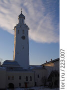 Купить «Великий Новгород. Кремль. Часозвоня», фото № 223007, снято 2 января 2008 г. (c) Роман Коротаев / Фотобанк Лори