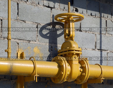 Купить «Большая газовая заслонка», фото № 242251, снято 25 сентября 2018 г. (c) Григорий Погребняк / Фотобанк Лори