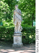 Купить «Санкт-Петербург. Летний сад, Скульптура», фото № 260191, снято 27 июня 2005 г. (c) Александр Секретарев / Фотобанк Лори