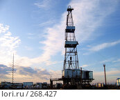 Бурение нефтяных скважин. Стоковое фото, фотограф Вячеслав Паслёнов / Фотобанк Лори