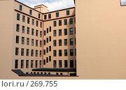 Купить «Безупречный дом в центре Гамбурга», фото № 269755, снято 1 мая 2008 г. (c) Екатерина Соловьева / Фотобанк Лори
