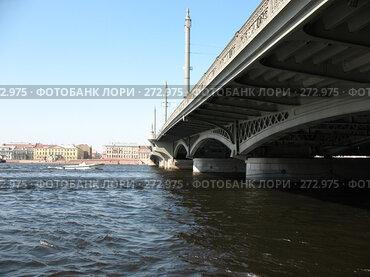 Купить «Нева. Мост Лейтенанта Шмидта», фото № 272975, снято 2 мая 2008 г. (c) Морковкин Терентий / Фотобанк Лори
