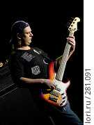 Купить «Бас-гитарист на концерте», фото № 281091, снято 20 февраля 2019 г. (c) Антон Белицкий / Фотобанк Лори
