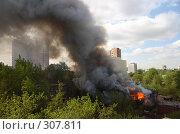 Пожар в старом квартале Перми (2006 год). Стоковое фото, фотограф Harry / Фотобанк Лори
