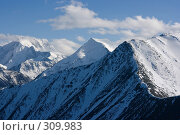 Заснеженные горные вершины, фото № 309983, снято 26 сентября 2017 г. (c) Андрей Пашкевич / Фотобанк Лори