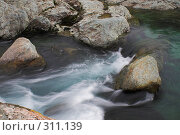 Купить «Полярный Урал. Порог на реке», фото № 311139, снято 1 августа 2007 г. (c) Роман Коротаев / Фотобанк Лори