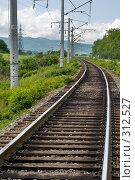 Купить «Железная дорога в предгорной зоне», фото № 312527, снято 4 июня 2008 г. (c) Федор Королевский / Фотобанк Лори